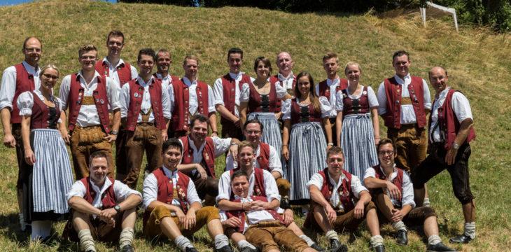 Gruppenfoto der Blaskapelle Kraiburg
